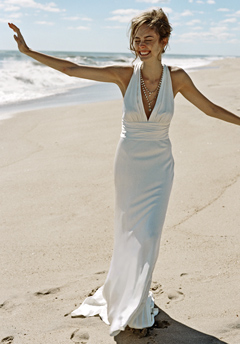 The beach weddings dress by nicole miller 9999 top weddings for Nicole miller beach wedding dress