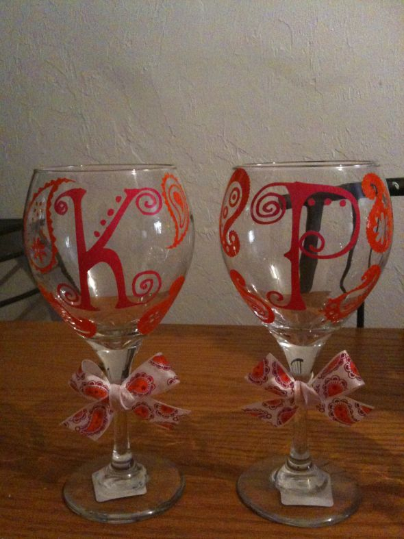 Bridesmaid s wine glasses weddingbee photo gallery for Do it yourself wine glasses