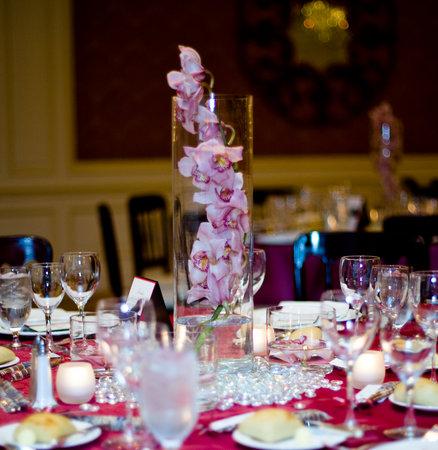 Cymbidium Orchid Centerpieces wedding Cc1d474735123a20641bf66a93abefa1 M