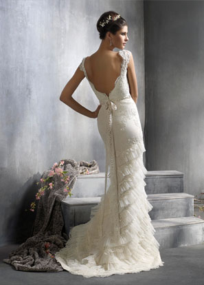 Lazaro 3818 Size 10 Petite cut 1800 wedding lazaro 3818 size 10