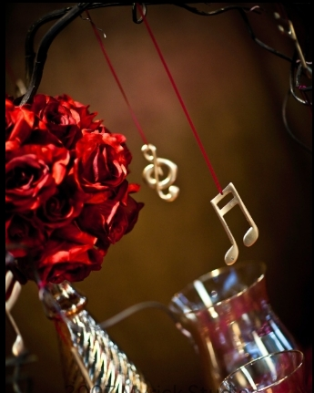 black and gold wedding centerpieces. Red Wedding Centerpieces