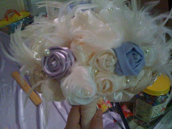 blue flowers bouquet. the lue flowers she put