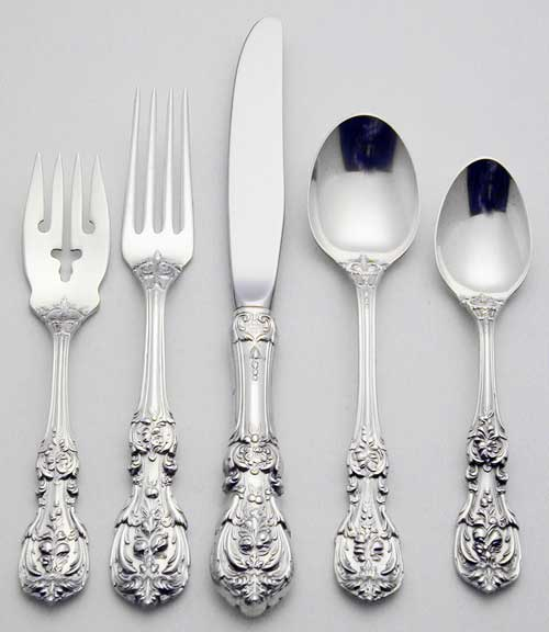 Show us your formal china, flatware, and stemware! « Weddingbee Boards