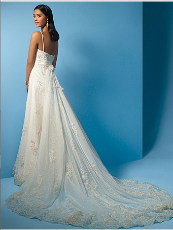 Looking for Wedding Dress, Halter or Sweetheart - Ivory/Size 12 :  wedding wedding dress ivory dress AA Dress Back  3