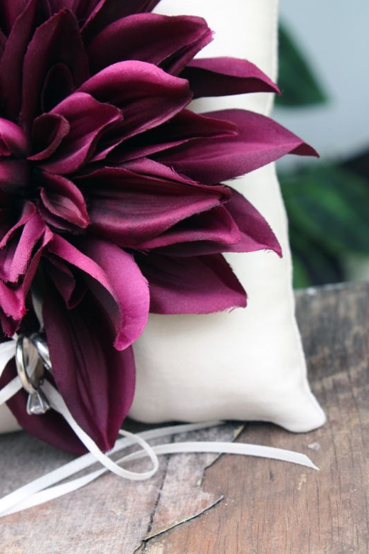 fall wedding flowers wedding fall colors decor Dahlia Ring Pillow