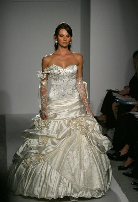 Pnina Tornai is really obnoxious wedding Fashion BridalGown Wc Pnina
