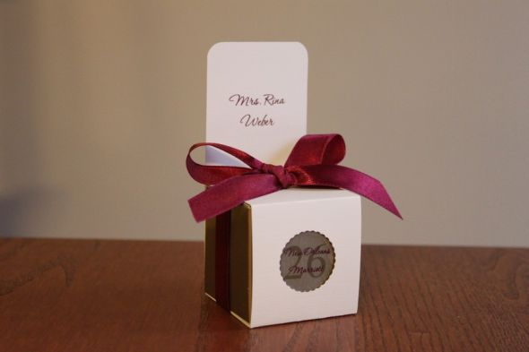 DIY Escort Card Favor Boxes wedding escort cards favors favor boxes IMG