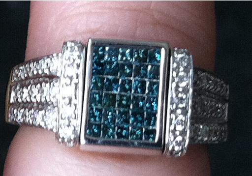 One is chocolate and white diamonds and the other is blue and white diamonds
