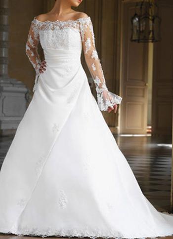 Off the shoulder lace wedding dress Posted on Sep 03 2011 under desing