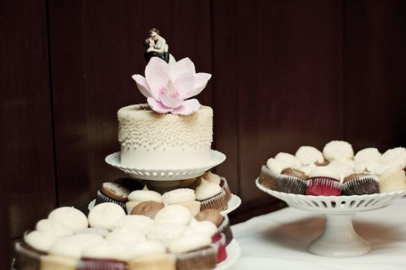 wedding cake designs for 100 guests collections