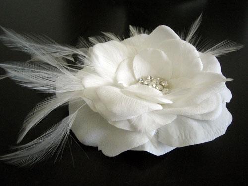 Gorgeous white bridal feather hair flower FREE shipping