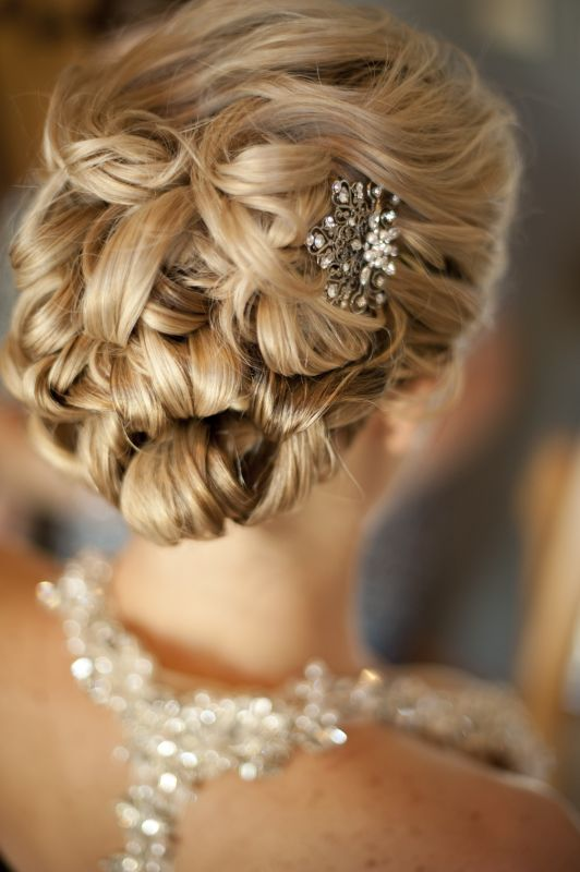 Wedding hair with comb