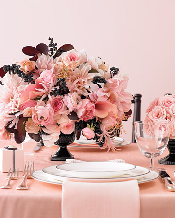 black and cream wedding theme. Pink Black and Cream: