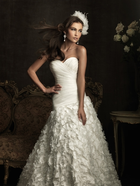 Aggie\'s blog: Similar dresses to the Monique Lhuillier dropped waist ...