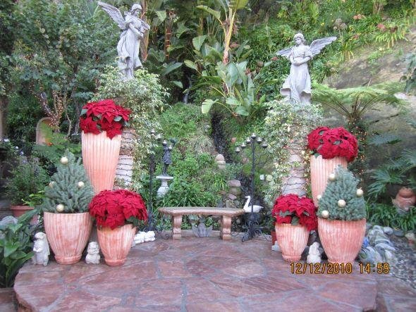 wedding centerpieces cylinder vases 210018TivoliToo Dec12