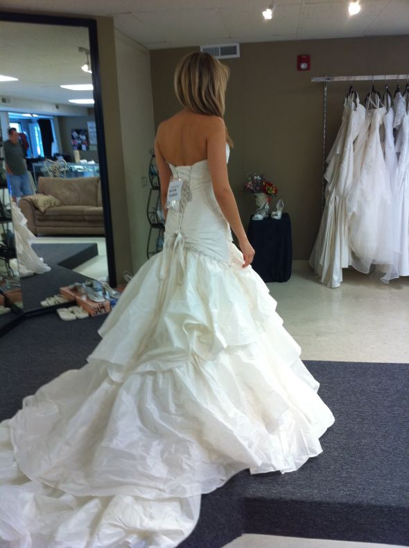 Maggie Sottero Jenna in White? :  wedding Dress 4