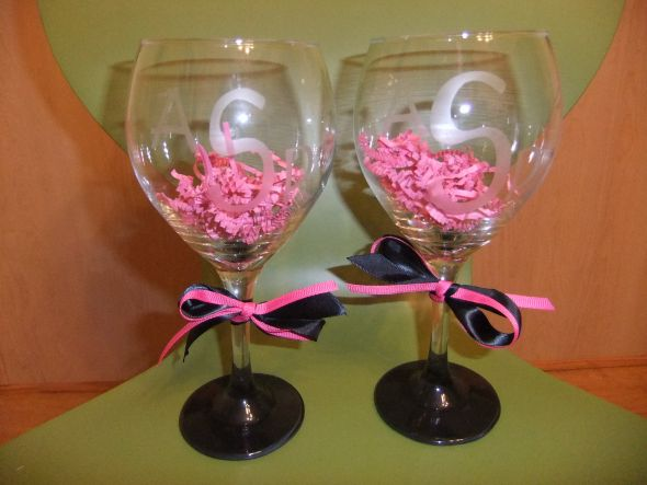 Diy wine glasses weddingbee photo gallery for Do it yourself wine glasses