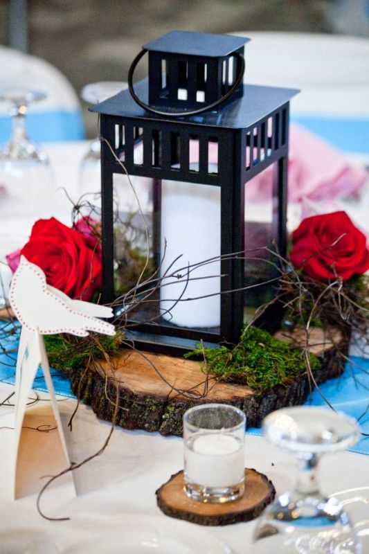 Better pic of my lantern centerpiece :  wedding centerpiece diy flowers lanterns reception wood 313455 2506621350052 1388594866 2910752 1187552143 N