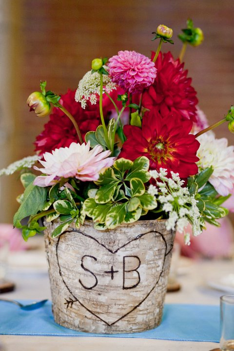 rustic centerpiece :  wedding centerpiece flowers rustic Facebook.centerpiece2