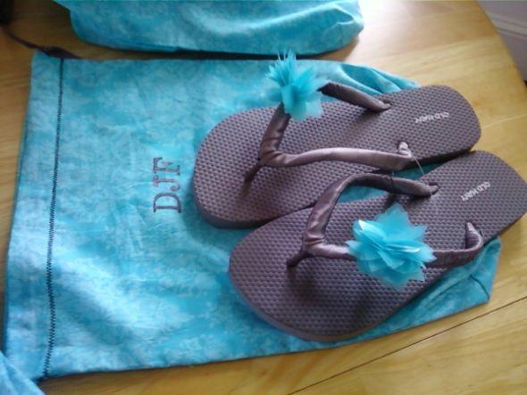 DIY Bridesmaid Flip Flops and Shoe bags
