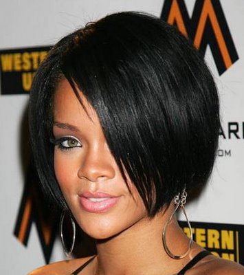 rihanna haircuts 2009. rihanna hairstyles long hair.