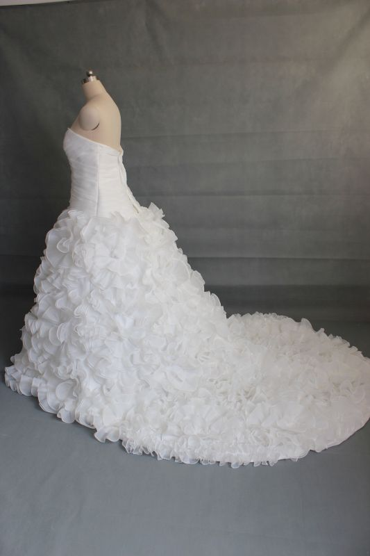 Size 20 wedding dress (good luck ) :  wedding IMG 3203