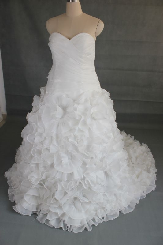 Size 20 wedding dress (good luck ) :  wedding IMG 3210