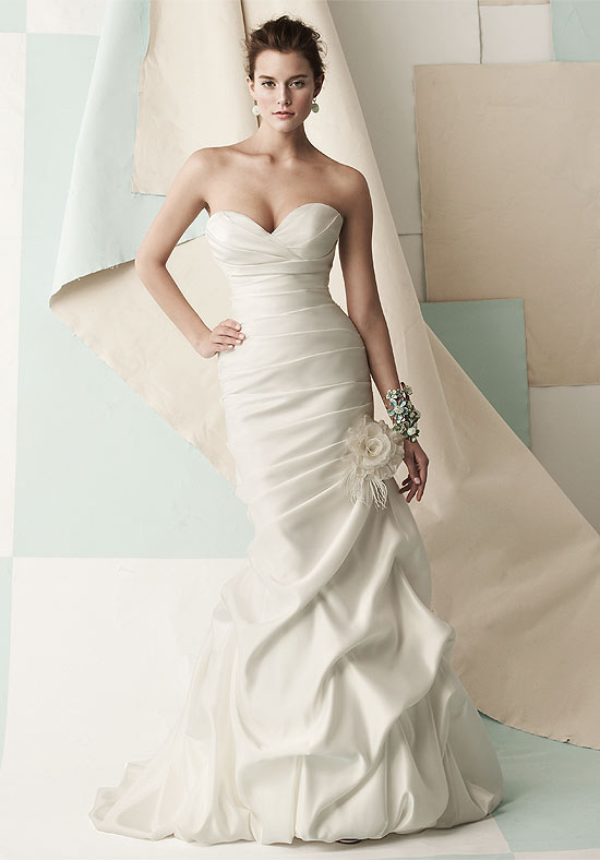 Down the aisle pick me up for Wedding dresses that make you look skinny