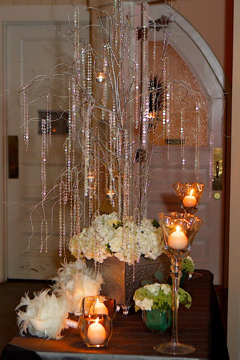 Ideas for Centerpieces Using Branches From Trees | eHow.com