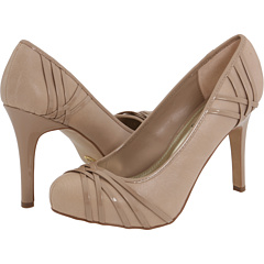 Find Me Some Nude Pumps!